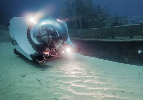 Super Yacht Sub - 4k Video