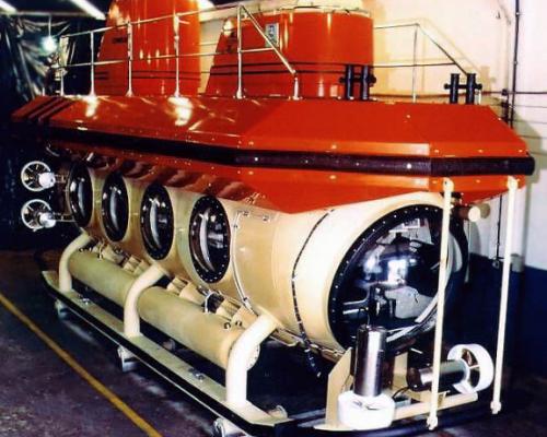 E16-100 Tourist Submarine